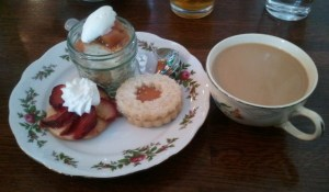 Miss Edna's Dessert Plate